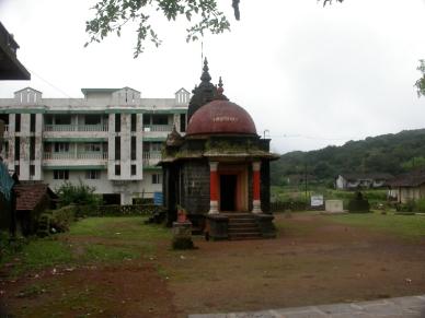 Amboli_Temple